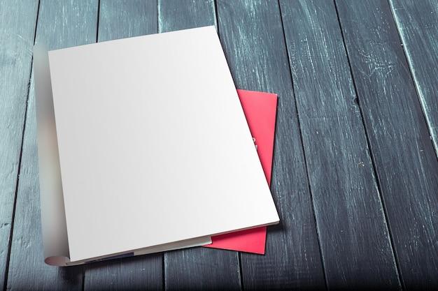 Páginas de revistas em branco