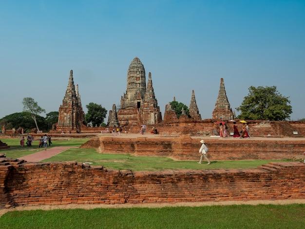 Pagode antigo no templo wat chai wattanaram, ayutthaya, tailândia