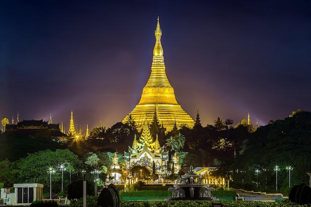 Pagode shwedagon em yangon mianmar