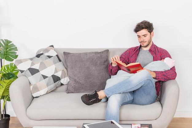 Pai, com, bebê, livro leitura