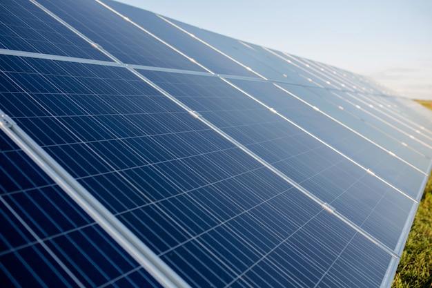Painéis inovadores de energia solar.
