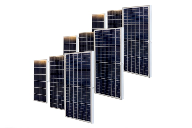 Painéis solares isolados no fundo branco no caminho de recorte