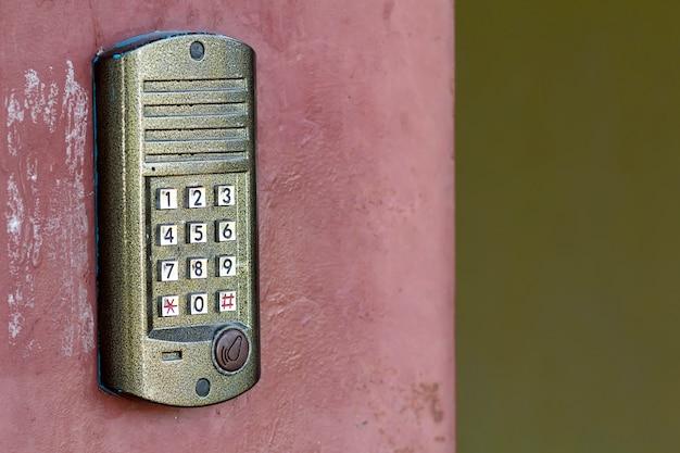 Painel de controle de acesso à porta