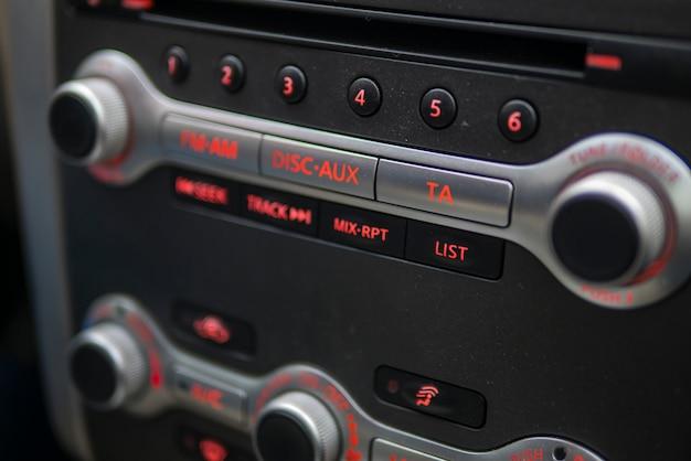 Painel de controle de música do carro