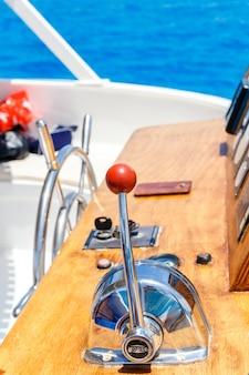 Painel de controle de navios náuticos