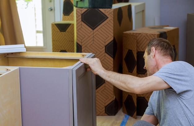 Painel de gabinete instalado materiais móveis decoração cozinha armários de melhorias