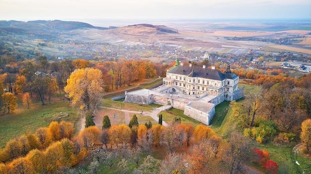Paisagem aérea do palácio podgortsy