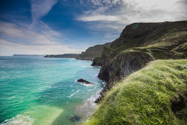Paisagem bonita na irlanda do norte, reino unido.