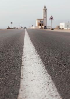 Paisagem com estradas e edifícios