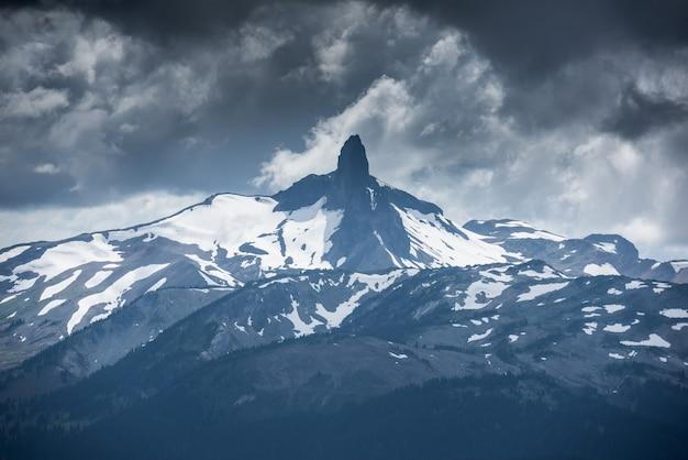 Paisagem de montanha em whistler, colúmbia britânica, canadá
