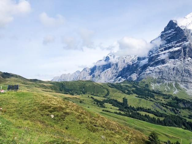 Paisagem de montanhas grindelwald