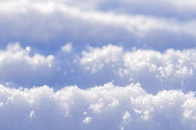 Paisagem de neve de inverno com nevascas