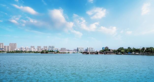 Paisagem e belas paisagens do lago dongchang em liaocheng, shandong