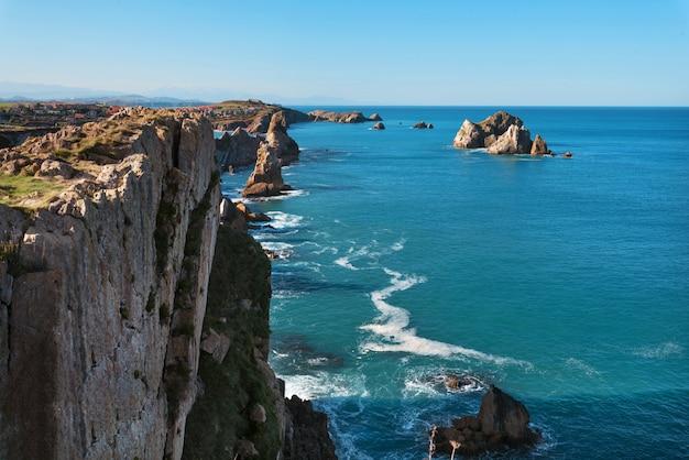 Paisagem litoral, em, urros, de, liencres, cantabria, espanha
