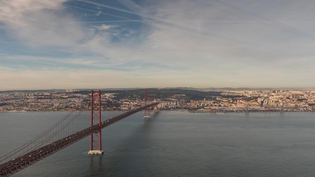 Paisagem na ponte 25 de abril lisboa portugal