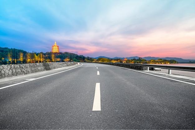 Paisagem natural da estrada e cenário da paisagem