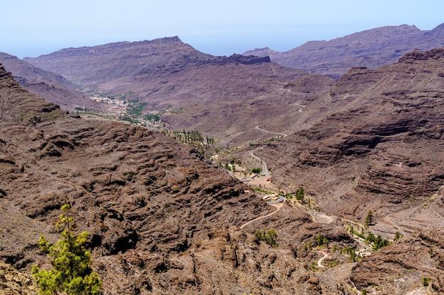 Paisagem rochosa nas montanhas da ilha de gran canaria. espanha, europa,