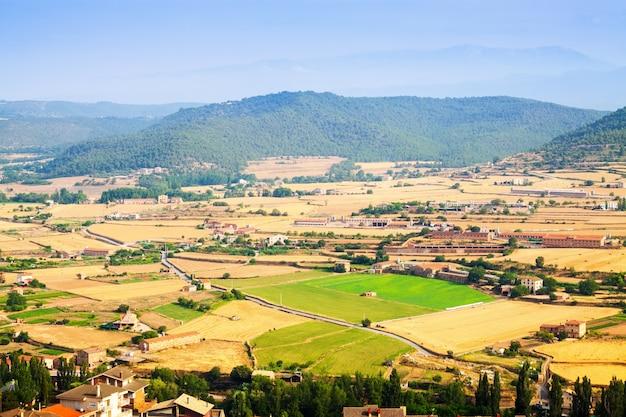 Paisagem rural catalã perto de cardona