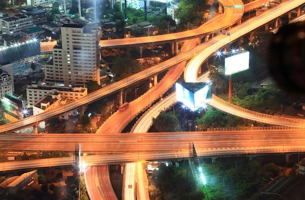 Paisagem urbana da estrada de bangkok