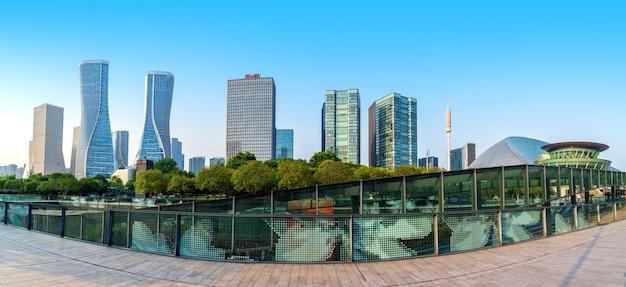 Paisagem urbana de construção moderna