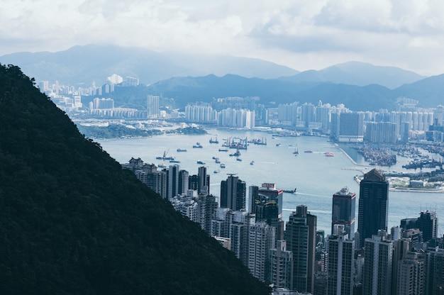 Paisagem urbana de hong kong, vista das montanhas