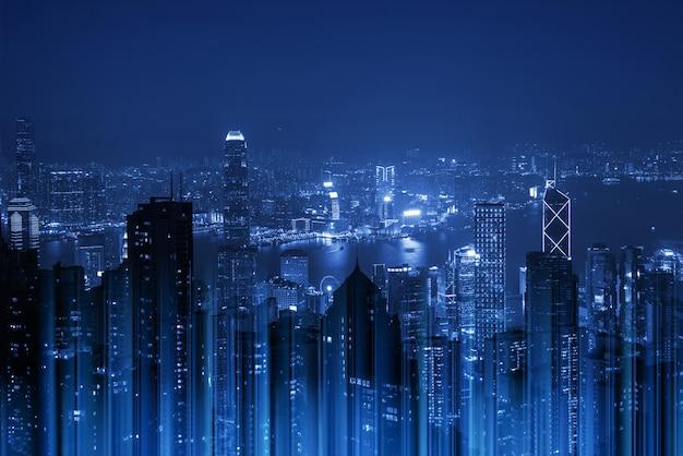 Paisagem urbana de noite em tom azul
