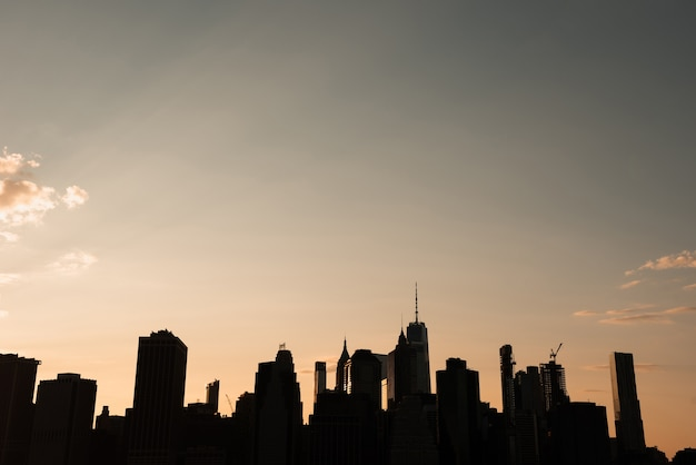 Paisagem urbana de nova york ao pôr do sol
