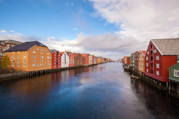 Paisagem urbana de trondheim na noruega