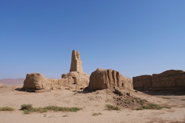 Paisagem vista das ruínas de gaochang na província de turpan xinjiang, china.