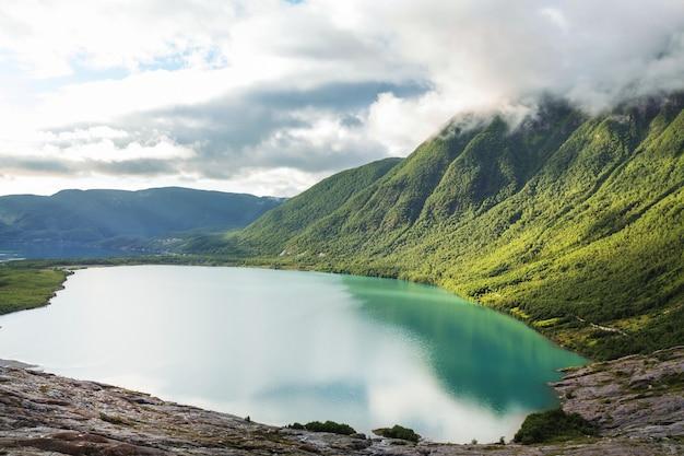 Paisagens pitorescas da noruega