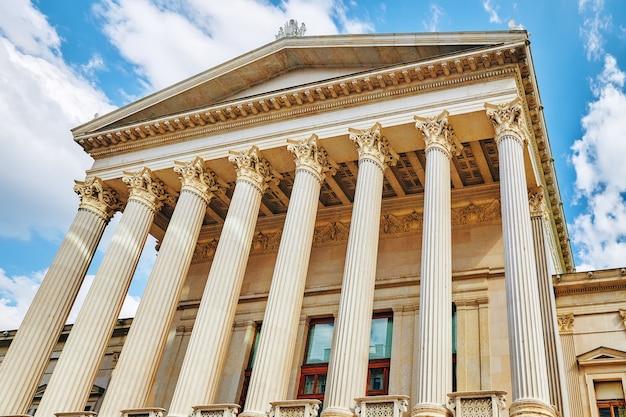 Palácio da justiça, viena. edifício neo-renascentista erguido de 1875 a 1881 está localizado na capital austríaca.