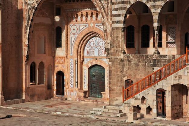 Palácio de beit ed-dine nas montanhas, líbano