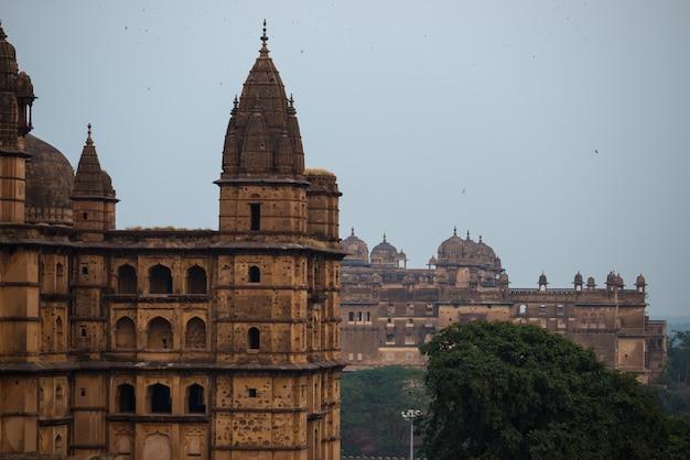 Palácio de orchha, madhya pradesh. destino de viagem na índia.