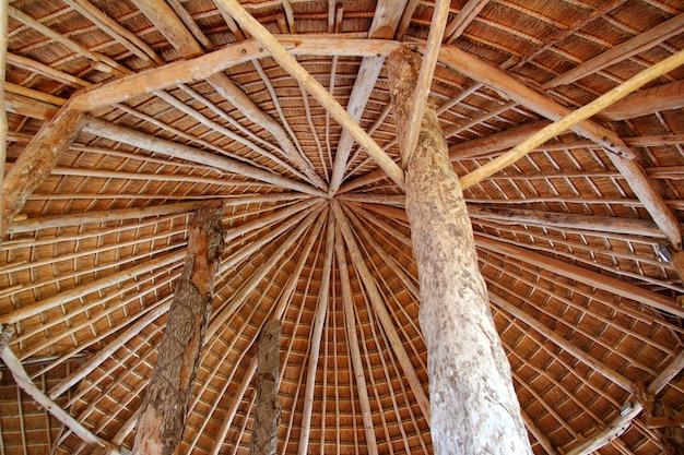 Palapa de cabana telhado de sol tradicional wiev de cima