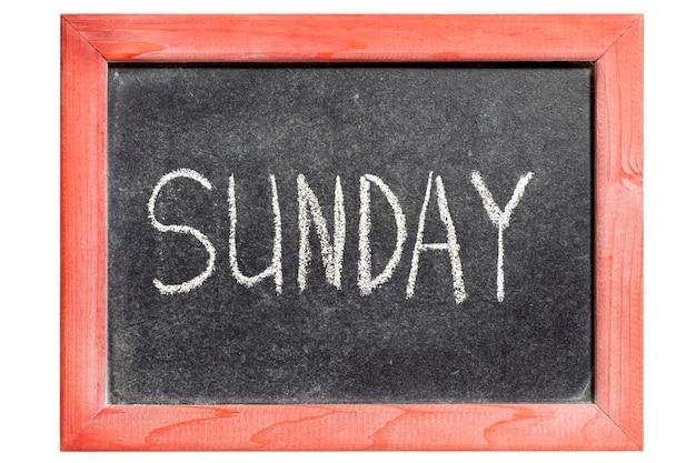 Palavra de domingo escrita à mão em uma lousa vintage isolada
