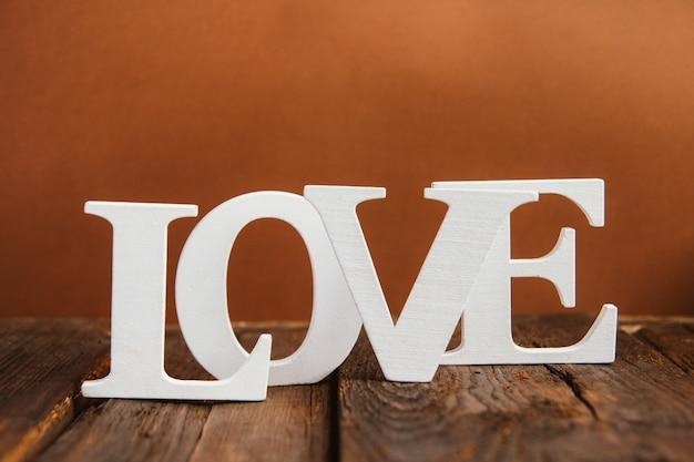 Palavra de madeira amor