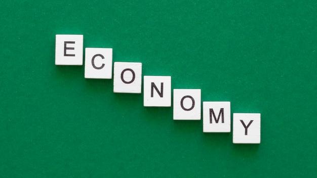 Palavra econômica feita com arranjo de cubos
