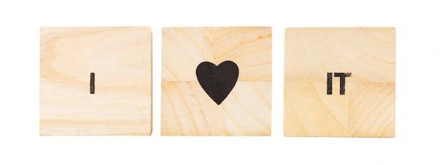 Palavra escrita em cubo de madeira