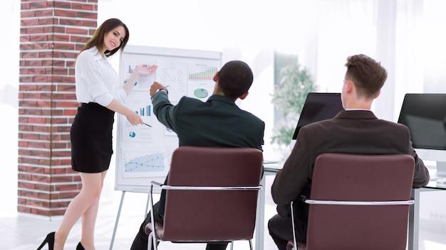 Palestrante apresentará o novo projeto para parceiros de negócios