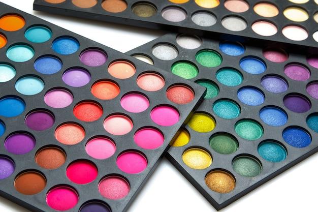 Paleta com sombras multicoloridas