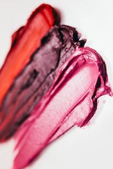 Paleta de batom. arte de negócios de beleza. traços com textura escura. fundo criativo.