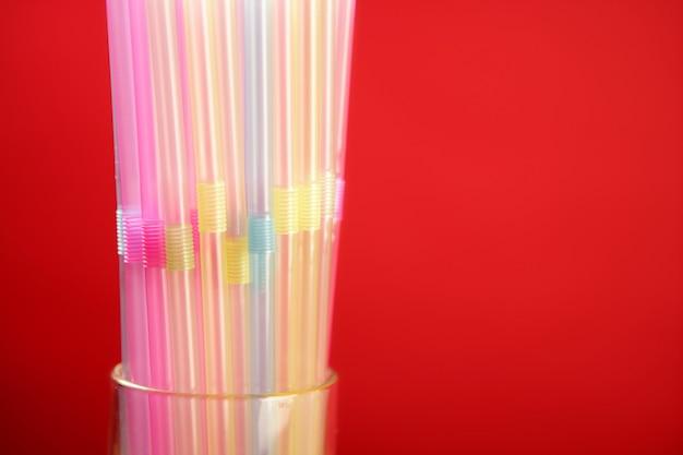 Palha de bebida de plástico colorido