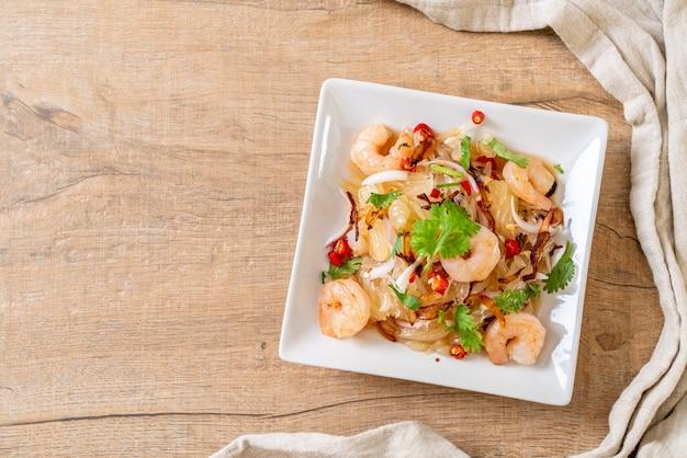 Pamelo salada picante com camarão ou camarão