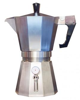 Panela de moka italiana, tradicional máquina de café isolada