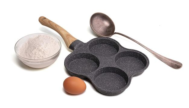 Panela para quatro ovos fritos ou panquecas