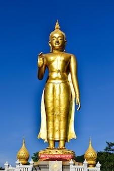 Pang buda imagem estilo estátua de buda tailandês visakha bucha dia é o feriado budista mais importante