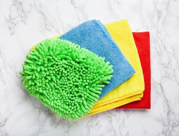 Pano de microfibra colorido para uso doméstico