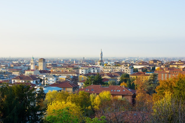 Panorama da cidade baixa de bérgamo, itália