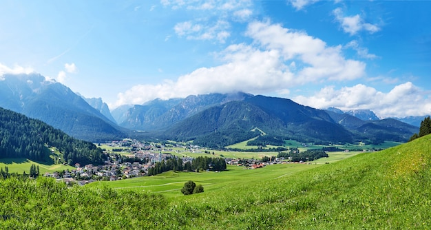 Panorama da cidade de toblach