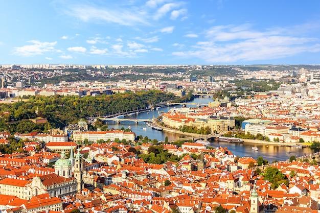 Panorama da cidade pequena de praga, república tcheca.
